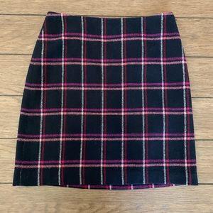 ⭐️3/$25 Talbots A Line Plaid navy Blue Mini Skirt